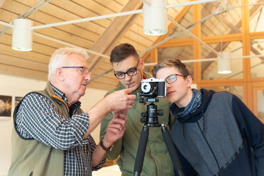 """Jugend Workshop """"Analogfotografie"""" mit Rudolf Mester und Helmut Anger"""