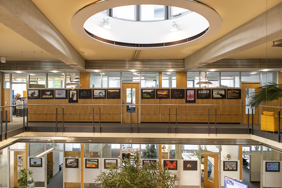 """Jugend Fotoausstellung """"fotoVISION"""" in den Räumlichkeiten der Volksbank Sulmtal in Willsbach"""