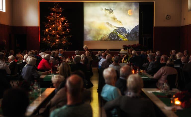 Fotoclub zeigt Landschaftsimpressionen an der Senioren-Weihnachtsfeier in Obersulm-Sülzbach